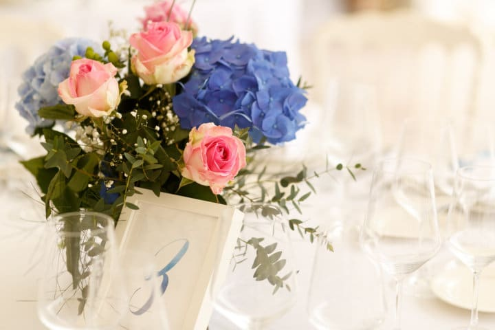 Wedding centro tavola rose e ortensie