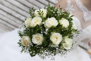 Bouquet rotondo e compatto